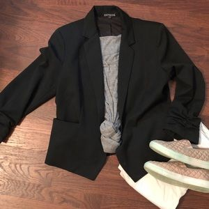 Black Blazer, stylish & versatile capsule piece